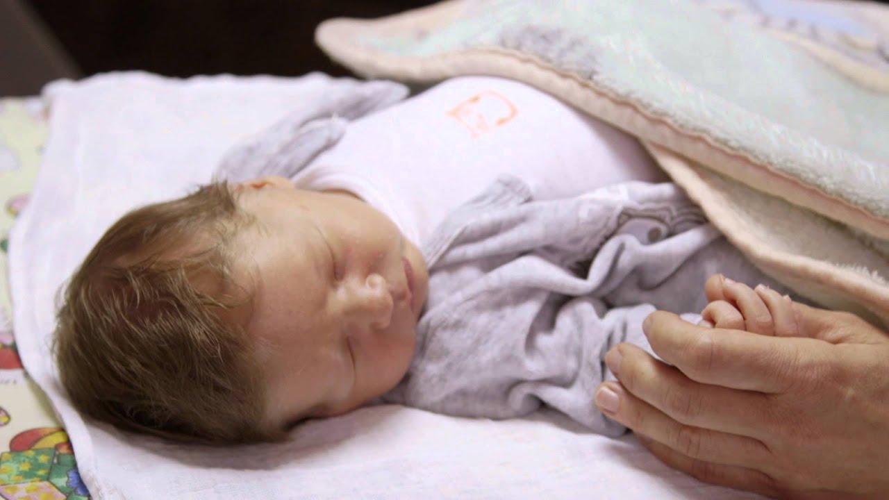 látása a szülés után