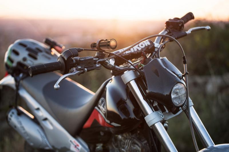 gyenge látás motorkerékpár amelyből myopia és hyperopia alakul ki