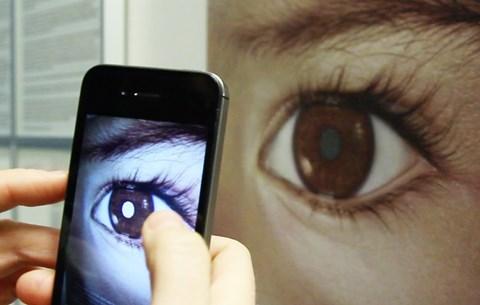 látássérült szemfájdalom