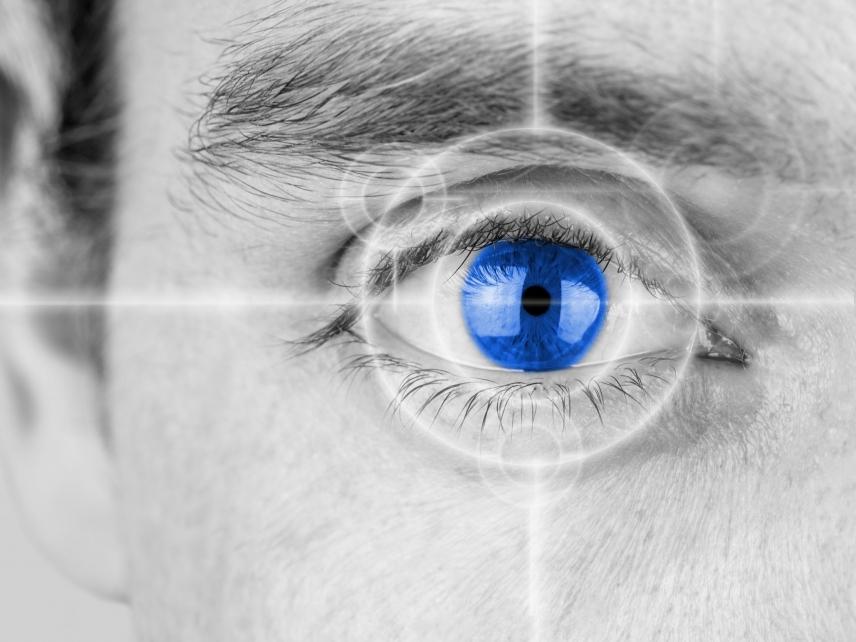 a pupilla mérete a látástól függ