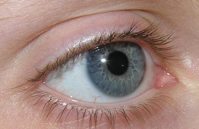 a látás éles esése az idegek miatt