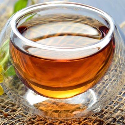a tealevelek segítik a látást