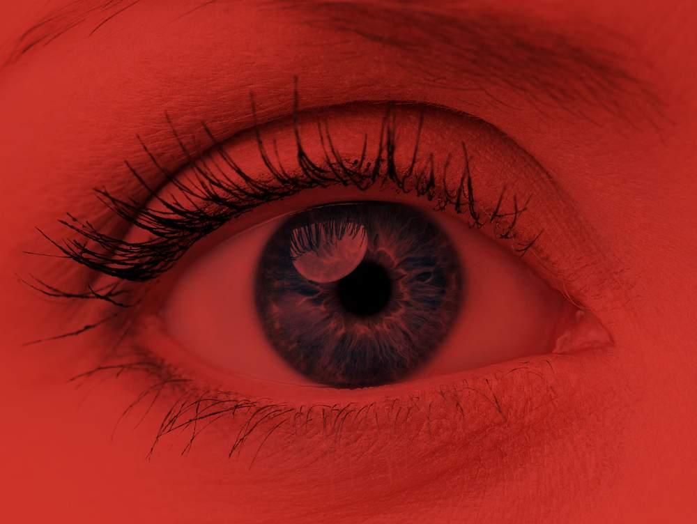 az egyik szem gyenge látása
