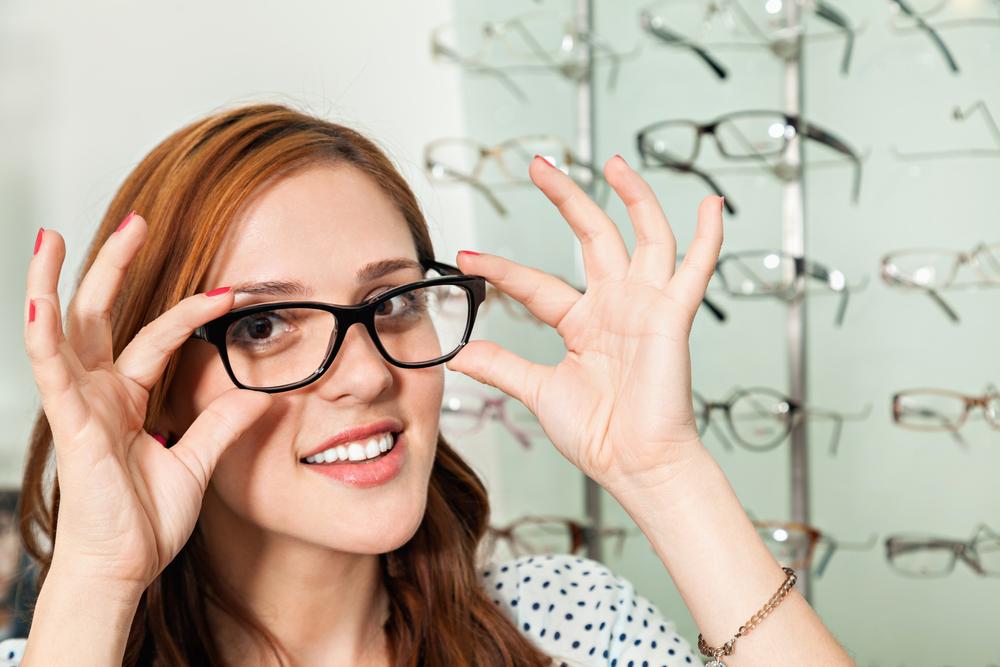 a rossz látás miatt fejfájása lehet