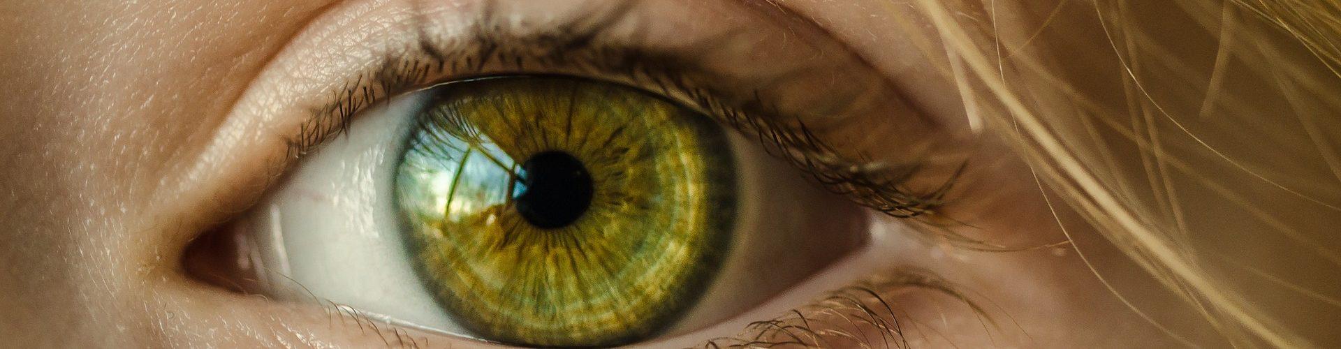 homályos látás, pislogó körök a szemben látásteszt berendezés