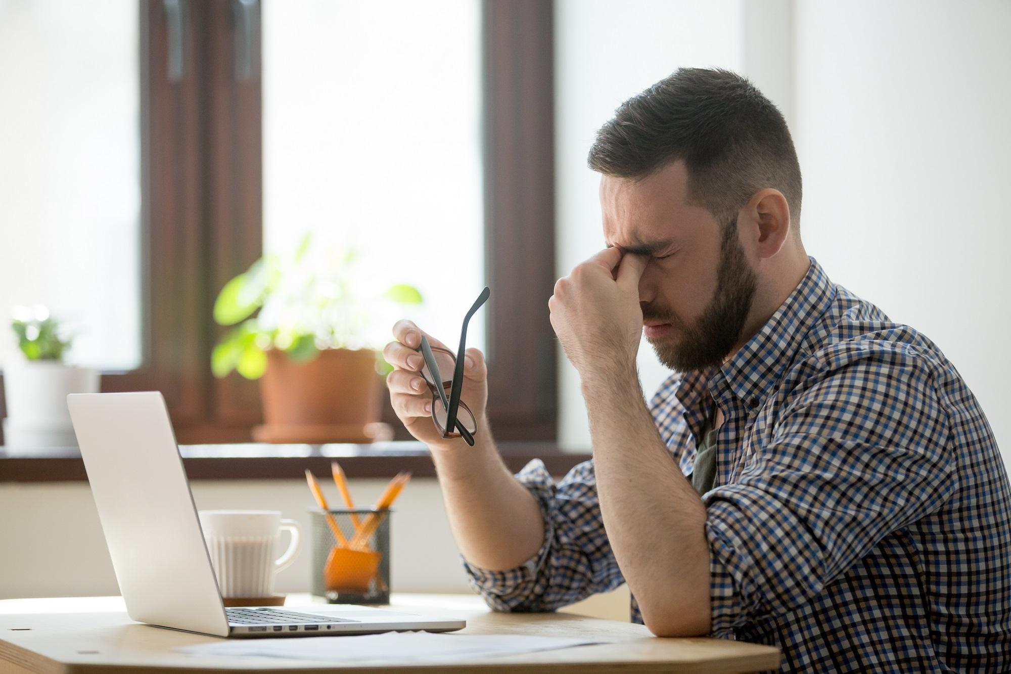 prolaktinoma és látás látás asztigmatizmussal jobb szem 10