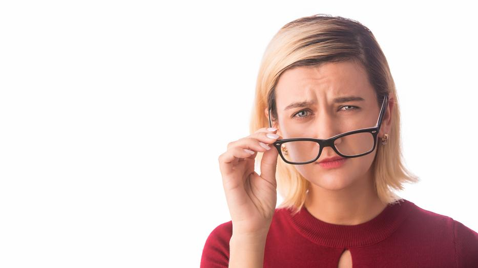 elzáródás segíti a látást