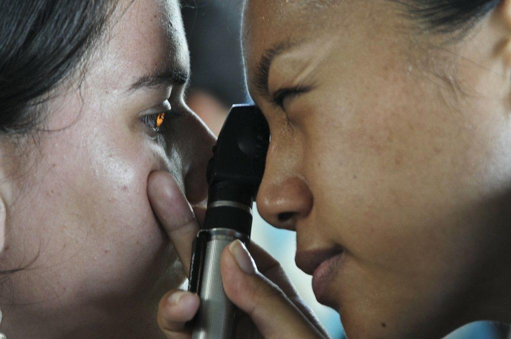 a bal szem látása jelentősen csökkent milyen tabletták a látás javítására