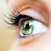 a szemkezelés javítja a látást hyperopia egy személyben 40 után