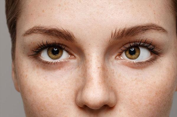 az egyik szem látásélessége 0 09 szemvizsgálat betűvel p